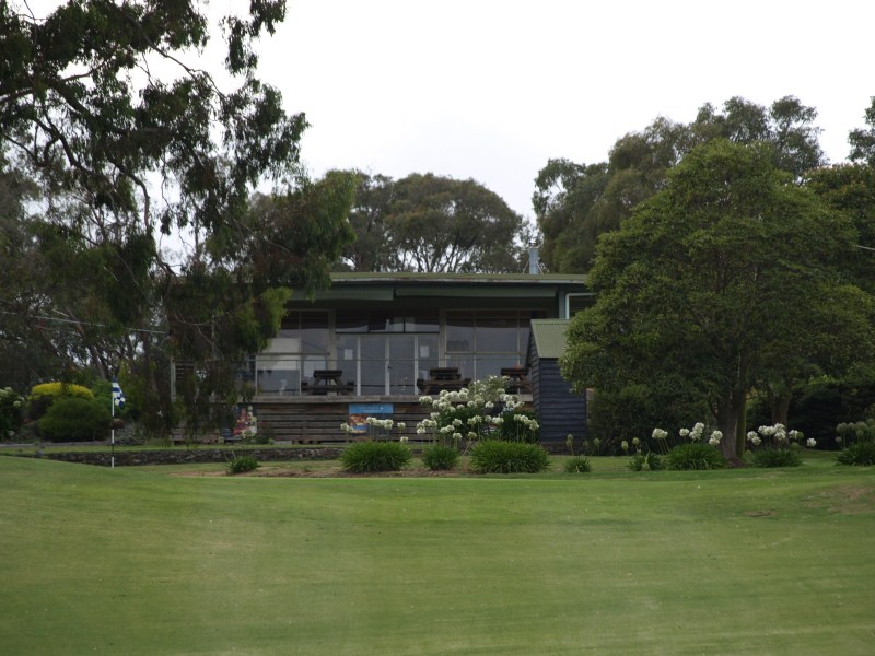 Clubhouse-3